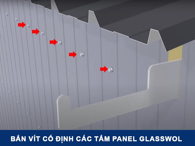 Bắn ốc 5 mm cố định các tấm panel vào khung xà gồ